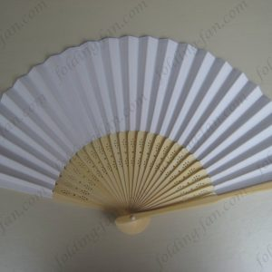 white-cheap-promotional-hand-paper-folding-fan-wedding-souvenir-bamboo-fans