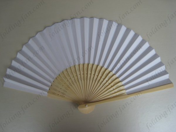 white-cheap-promotional-hand-paper-folding-fan-wedding-souvenir-bamboo-fans