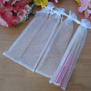white-drawstring-organza-folding-hand-fan-pouch-party-wedding-favor-gift